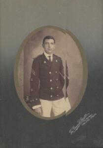 1909-Μεζεβίρης, Αρχηγός Δοκίμων