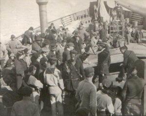"""1912, Άγημα του θ/κ """"ΨΑΡΑ"""" εκτελεί νηοψία σε Αυστριακό Ατμόπλοιο"""
