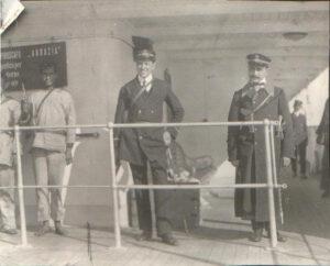 1912, ο Σημαιοφόρος Γρηγόριος Μεζεβίρης στη νηοψία Αυστριακού ατμόπλοιου