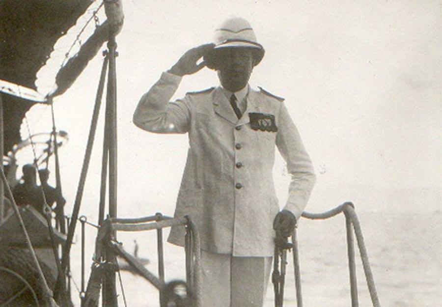 1932 Επιβίβαση επί του ΛΕΟΝΤΟΣ