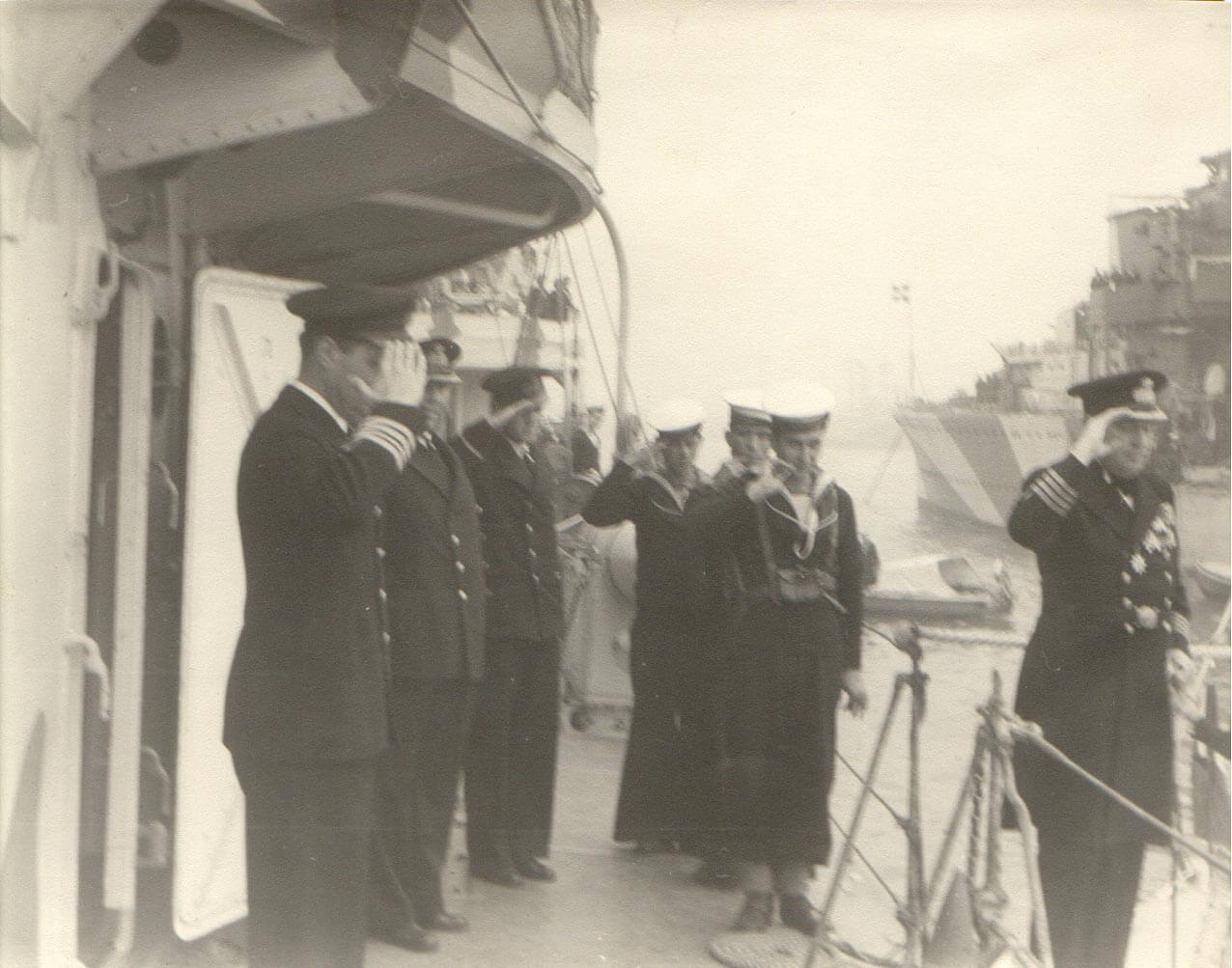 1941 Ανώτερος Διοικητής Αντιτορπιλλικών επι ΒΑΣΙΛΕΩΣ ΓΕΩΡΓΙΟΥ στο ΠΟΡΤ ΣΑΪΝΤ Διοικητής Νηοπομπής