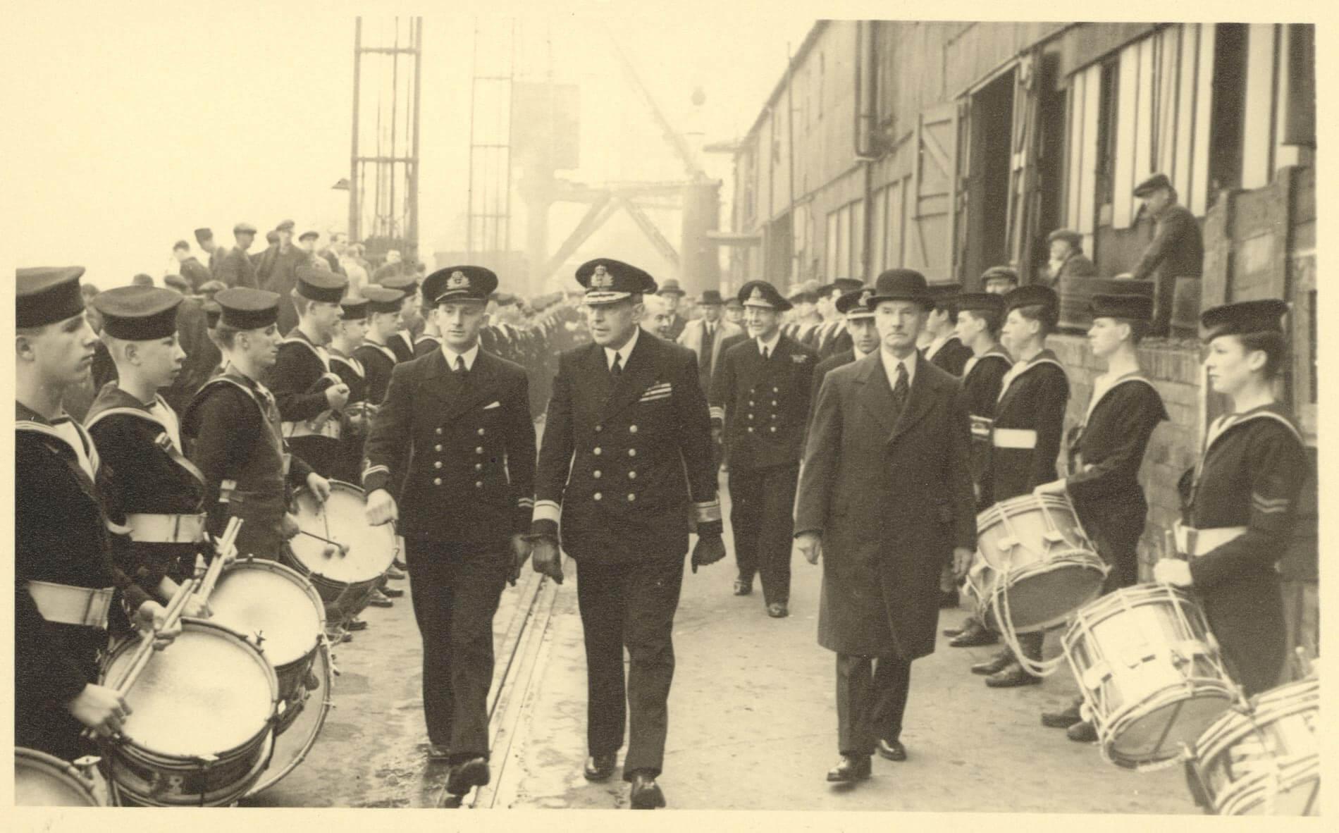 1943-Flag raising Liverpool